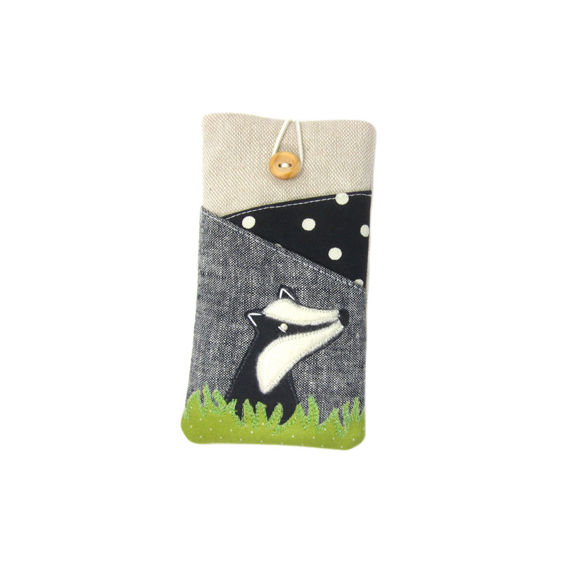 badgeriphonecase