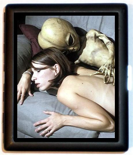 aliencigarettcase